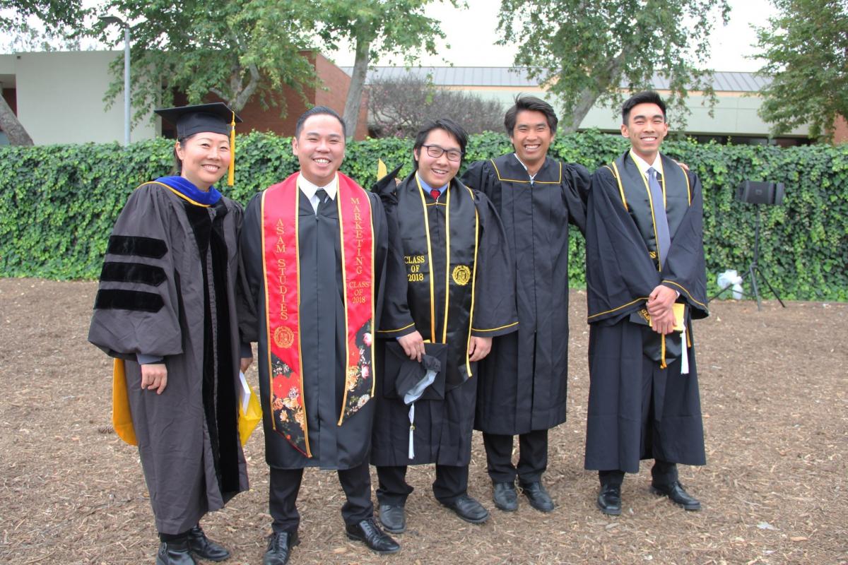2018 Graduating ASAM Students with Dr. Barbara Kim