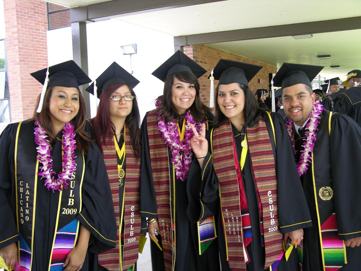 CHLS 2009 Graduating Seniors