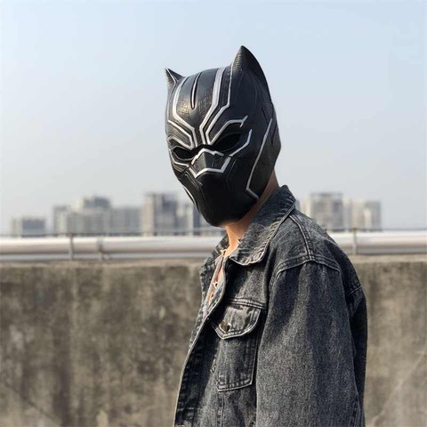 Guy with mask on